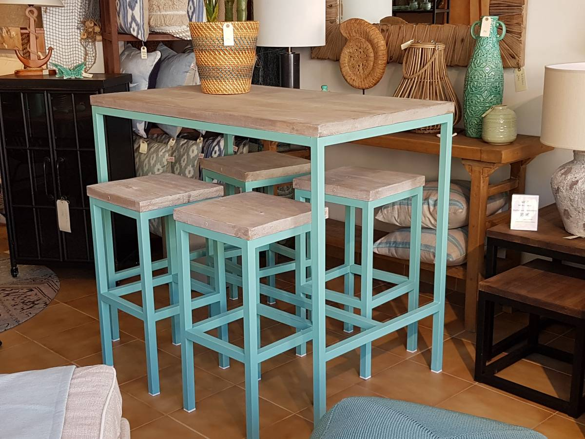 bar table turquoise